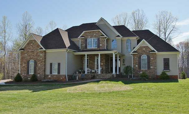 254 Periwinkle RD in Moneta, VA 24121- SOLD